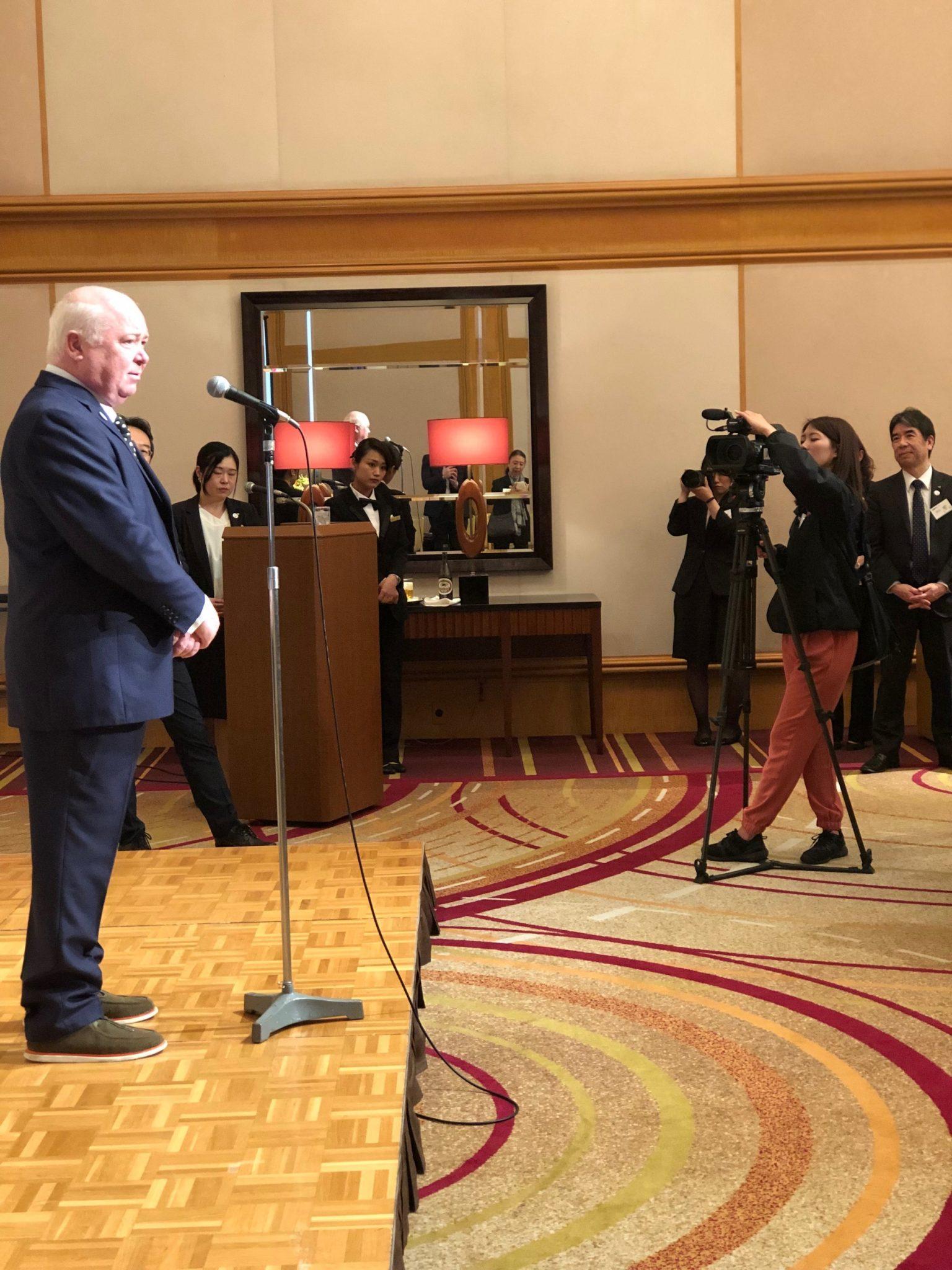 Mackenzie Thorpe receives honour in Japan